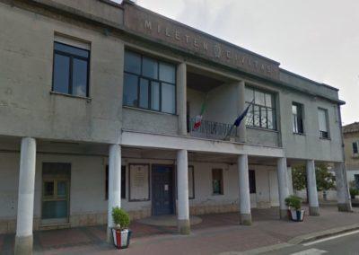 Municipio Comune Mileto.JPG