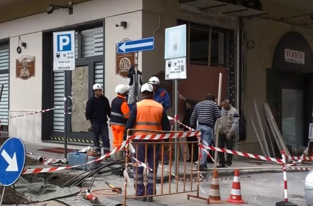 VIDEO – Bomba distrugge panetteria a Lamezia  I danni ingenti in tutta l'area dell'esplosione