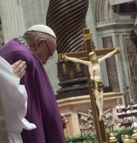 Nessuno scontro tra l'università di Salerno e il Papa