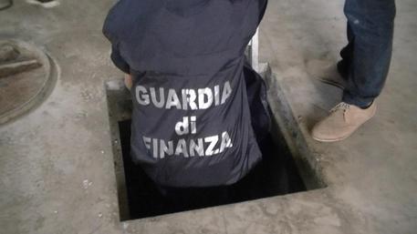 Napoli, scacco alla camorra: confisca da 320 milioni al clan Contini