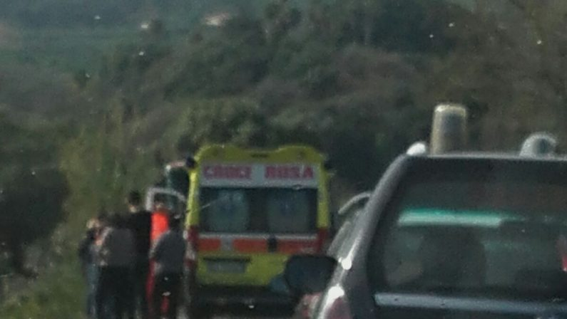 FOTO - Muore a 23 anni in un incidente in provincia di Catanzaro