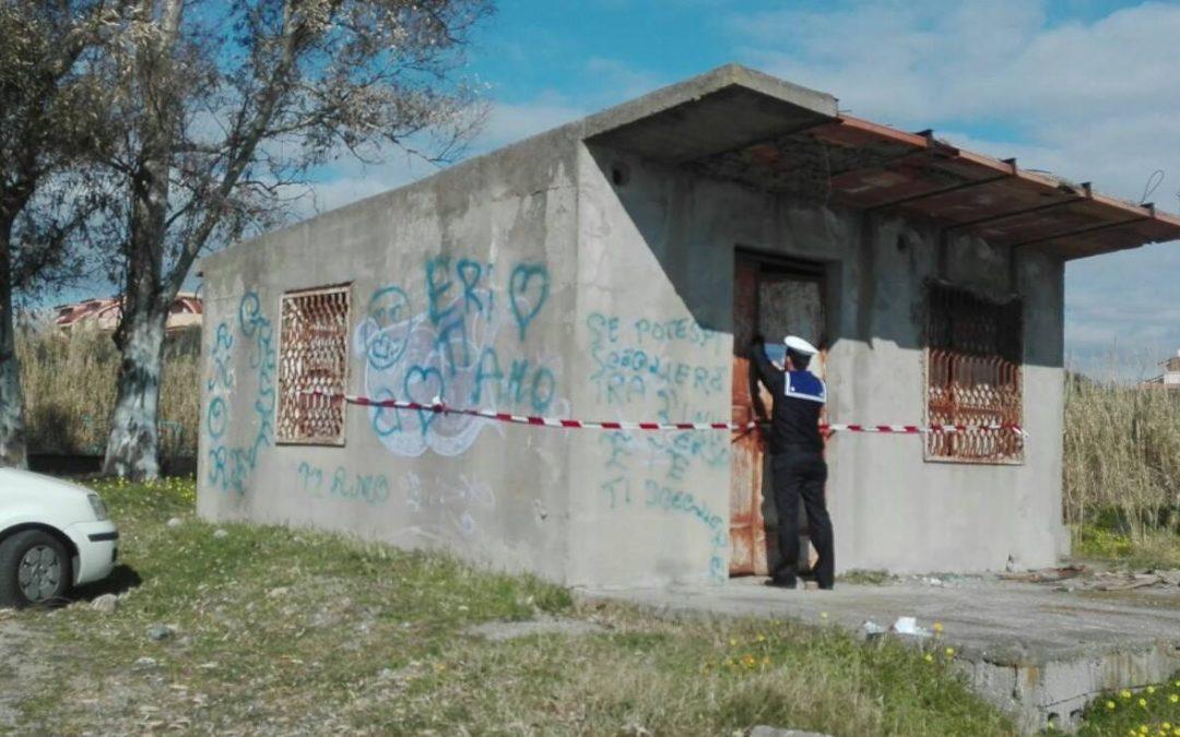 FOTO – Costruzione in cemento in terreno demaniale sequestrata in provincia di Reggio Calabria