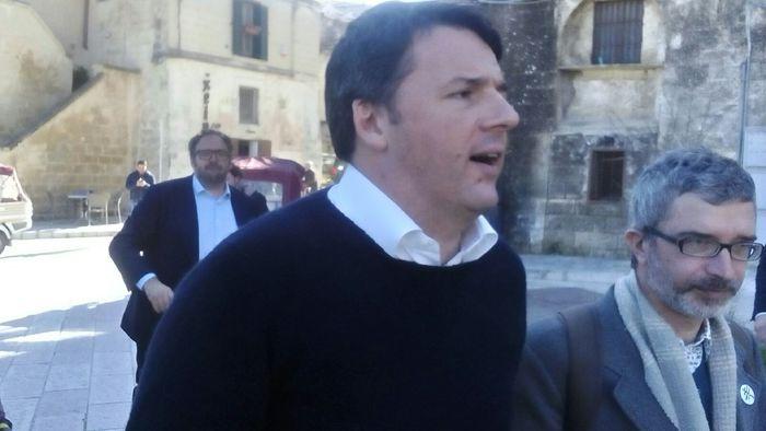 La card di Pietrangelo Buttafuoco Populisti vs fighetti