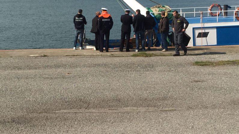 Resti umani nelle reti da pesca nel CosentinoIpotesi uomo scomparso da mesi nel Materano