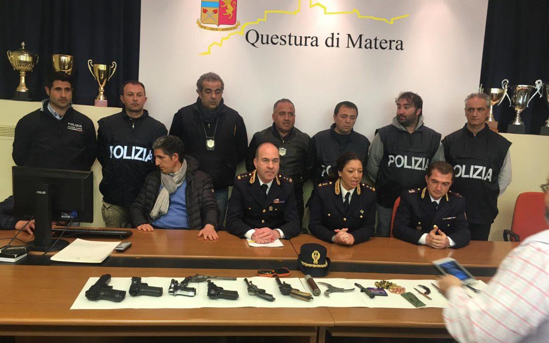 FOTO – Minacce ed estorsione ad un giovane  Sei persone individuate dalla polizia a Matera