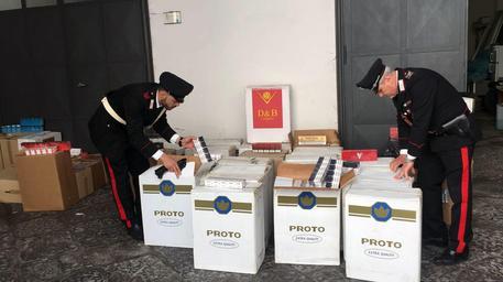 400 kg di sigarette sequestrati a Napoli