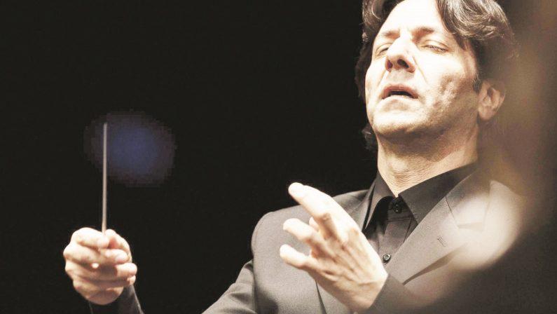 Antonio Puccio, dalla Calabria all'Auditorium di MilanoIl maestro dirigerà l'orchestra sinfonica Giuseppe Verdi
