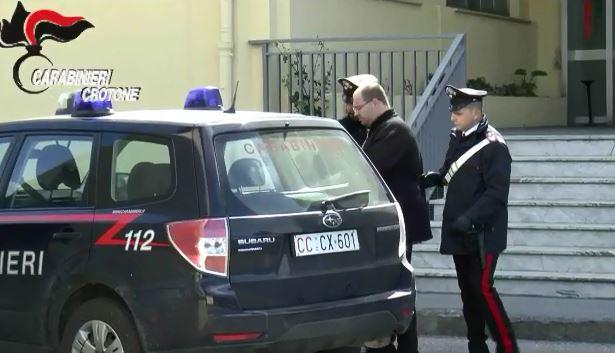VIDEO - L'arresto dell'immobiliarista del Crotonese ritenuto la mente finanziaria della 'ndrangheta