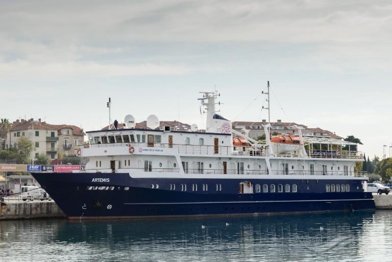 Sbarca a Vibo Marina la nave da crociera ArtemisDagli Stati Uniti i primi turisti della stagione