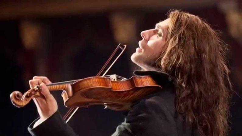 """VIDEO – Il violinista David Garrett suona   """"L'estate"""" tratta dalle Quattro stagioni di Vivaldi"""
