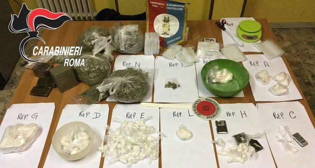Arrestati cinque presunti trafficanti di droga a Roma  Due erano calabresi, sequestrati 5 chili di droga