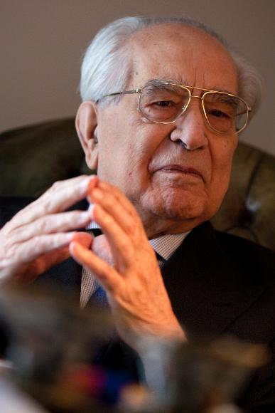 Emilio Colombo (Potenza, 11 aprile 1920 – Roma, 24 giugno 2013)