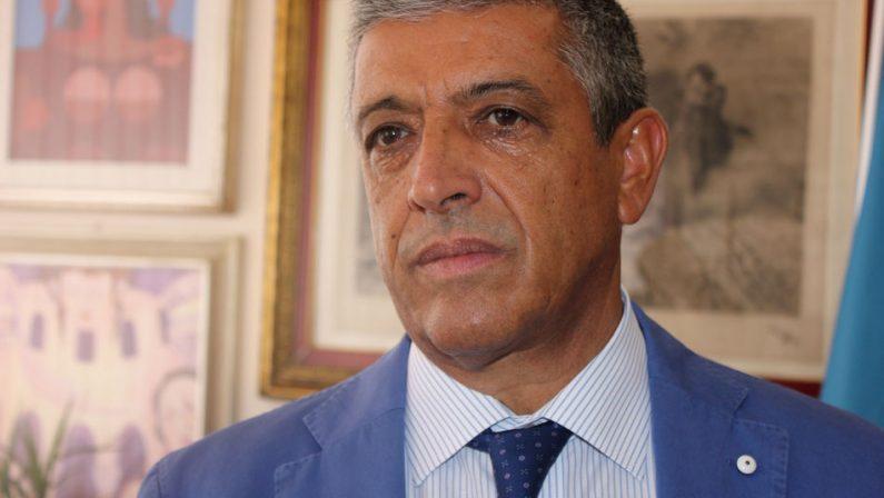 Covid da contenere, il sindaco di Cassano: «Chi viene qui, deve comunicarlo»