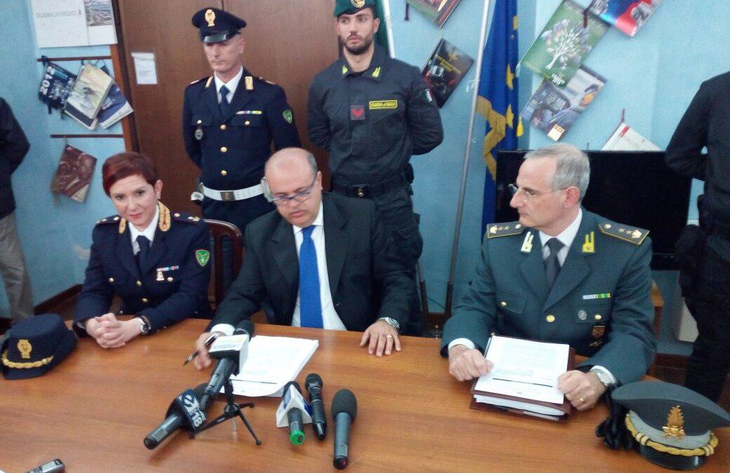 Operazione travolge i vertici della Sacal, arresti  Contestati anche corruzione, falso e concussione
