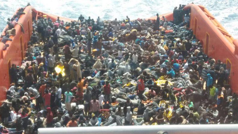 Immigrazione, in due giorni in Calabria oltre 2 mila personeDopo gli sbarchi a Reggio previsto un nuovo arrivo a Vibo