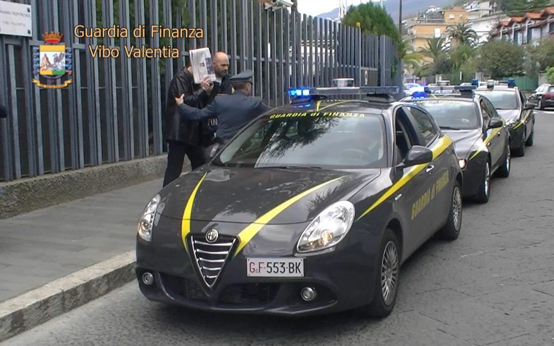 Trasportava sigarette di contrabbando, arrestato un uomo nel Cosentino dalla Guardia di Finanza