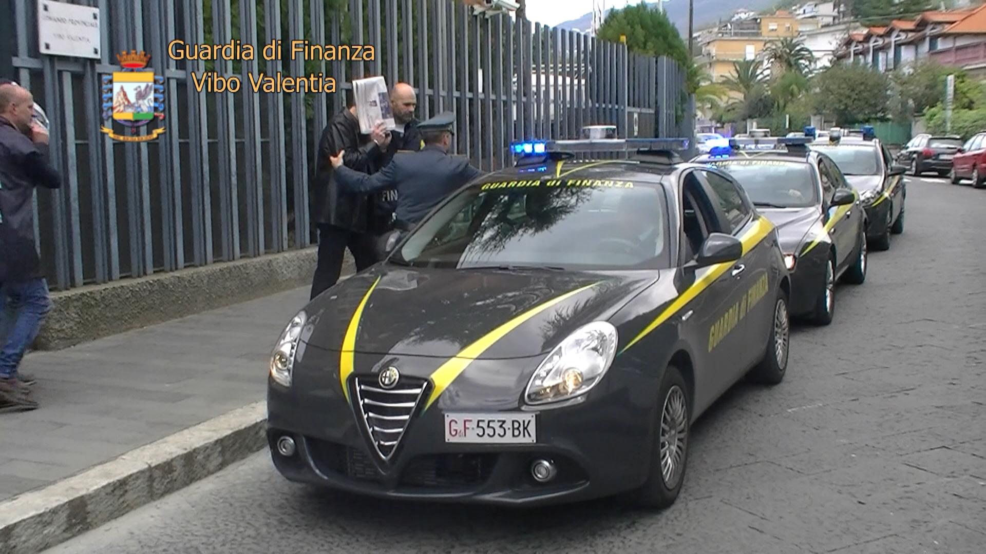 VIDEO - Operazione Chaos, nove arresti per irregolarità nei lavori di ammodernamento della Salerno-Reggio Calabria