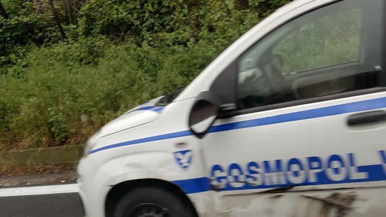 Chiodi e spari contro un portavalori sull'Avellino-Salerno