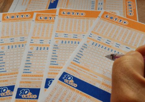 Il 10eLotto premia tre volte la Calabria in un giornoA Vibo due vincite con 9 numeri, una nel Crotonese