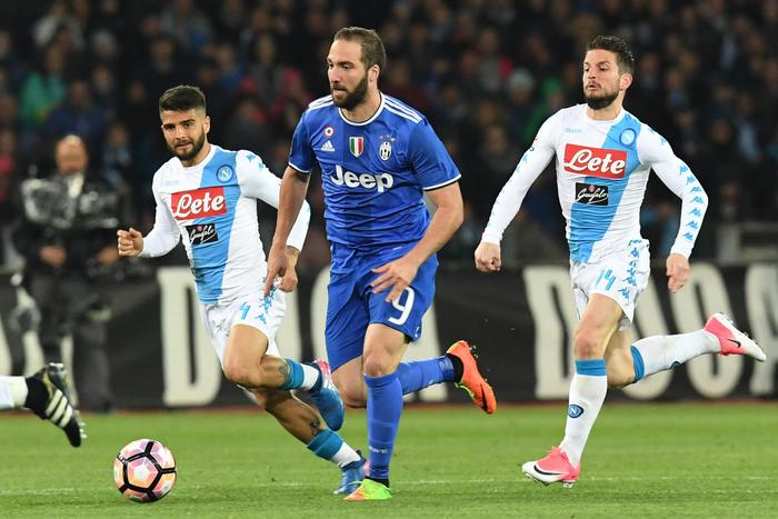 Napoli Juventus 1-1, a Khedira risponde Hamsik. Mercoledì nuova sfida di coppa
