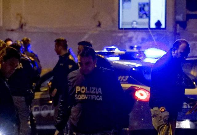 Omicidio nel Vibonese, polizia arresta uno dei killerTradito dal guanto buttato subito dopo il delitto