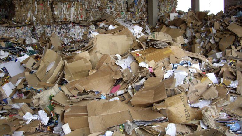 Rifiuti, intesa tra Regione Legambiente e ComiecoIn palio un premio in denaro per i comuni che riciclano