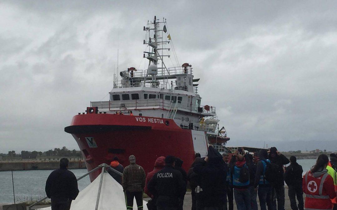 Ondata senza fine di migranti, 309 a Corigliano  Sono stati soccorsi in mare il giorno di Pasqua