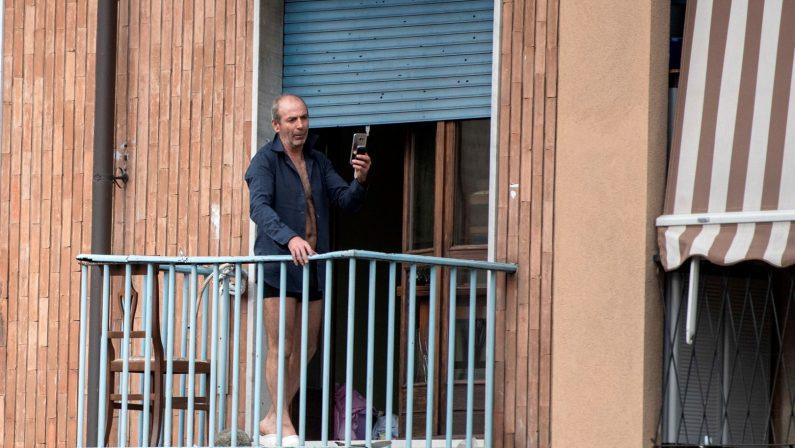Torino, commerciante calabrese minaccia il suicidioPoi apre ai soccorritori grazie alla mediazione del pm