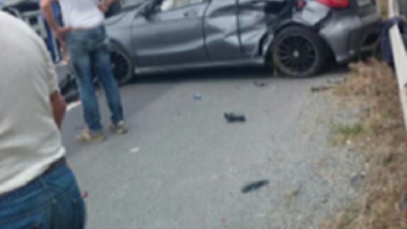 Grave incidente stradale in provincia di CosenzaTre feriti, necessario l'intervento dell'elisoccorso