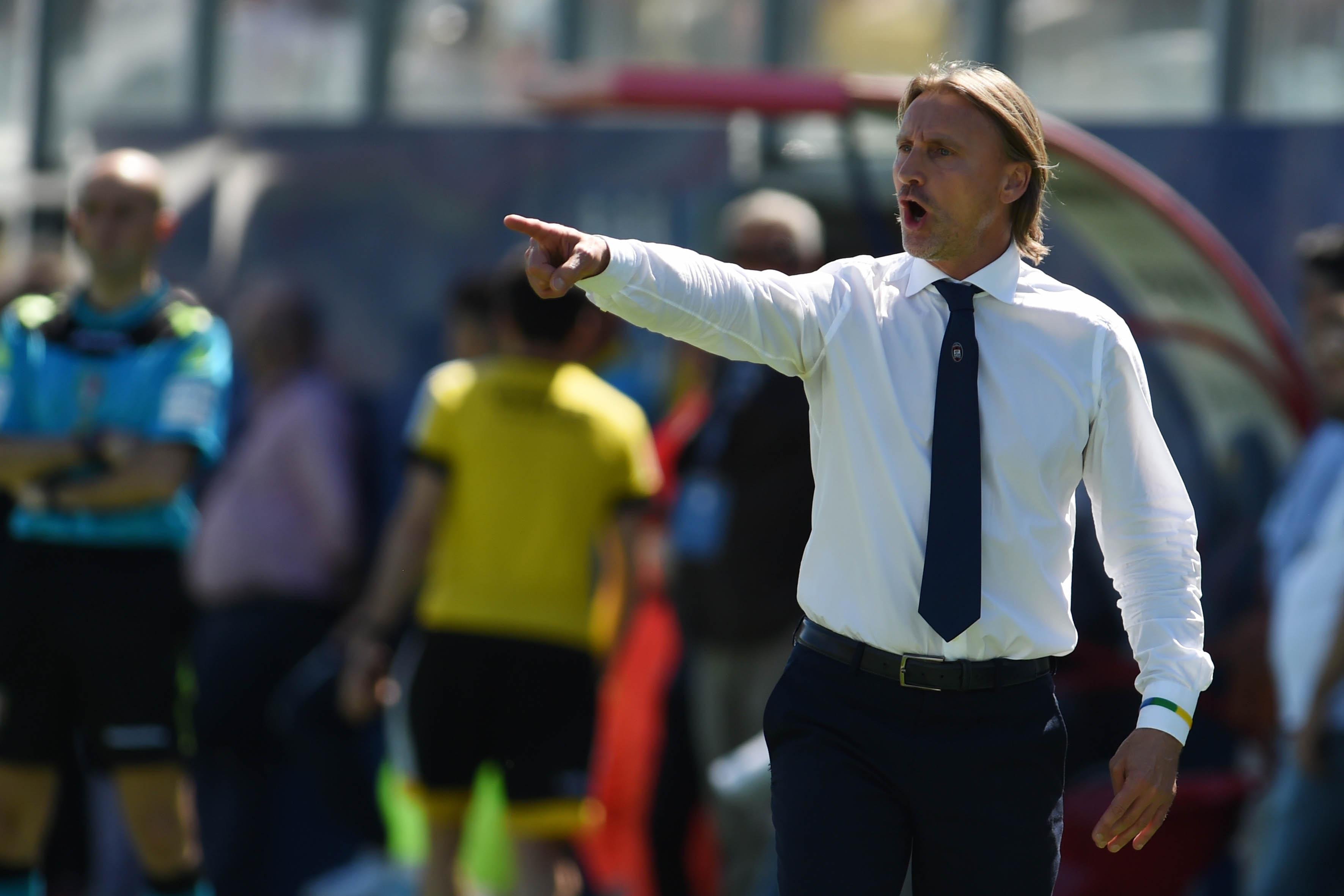 Serie A, il Crotone ha scelto: ritiro a MocconeAmichevole con l'Acri. Arriva il tedesco Kragl