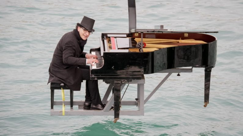 """La rassegna del Castello Normanno Svevo di Cosenza  Dal """"pianista fuori posto"""", a musica, cinema e teatro"""