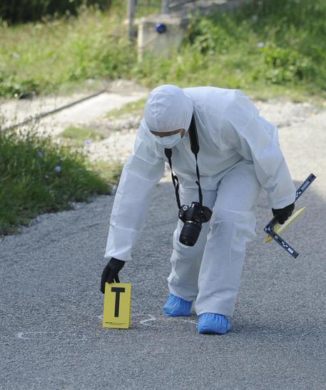 Assalto ad un portavalori a Castellammare, due feriti