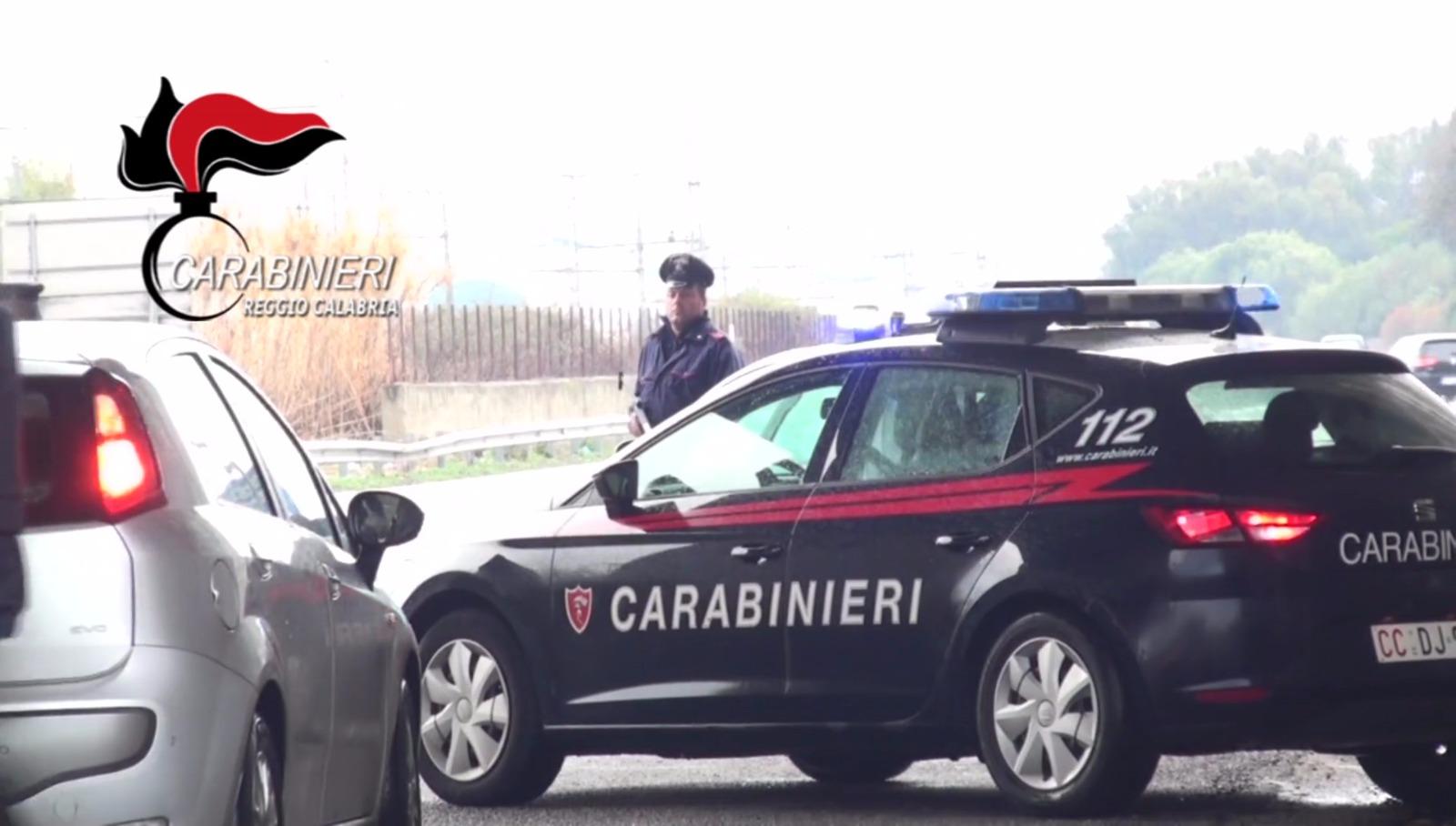 Riciclavano automobili, arrestate tre persone in provincia di Reggio Calabria
