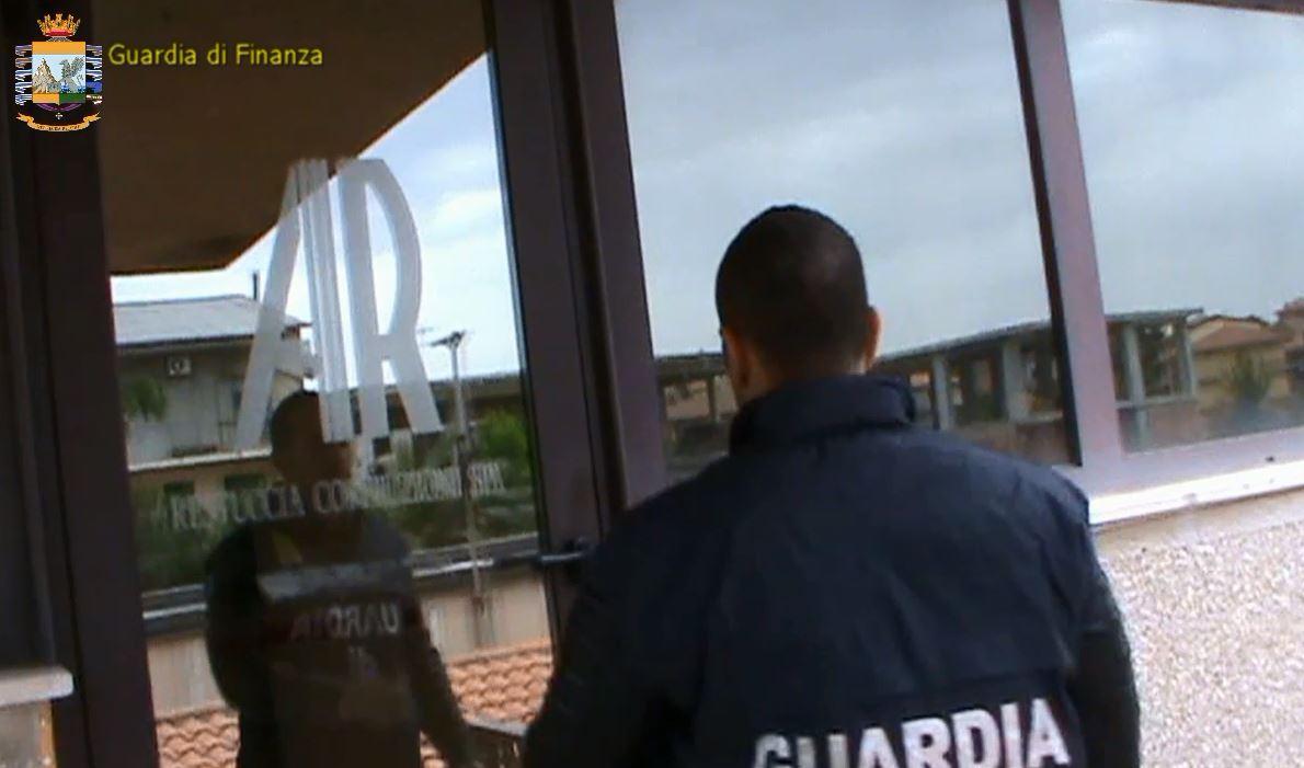 VIDEO - Sequestro beni ad imprenditore viboneselegato alle cosche di 'ndrangheta Mancuso e Piromalli