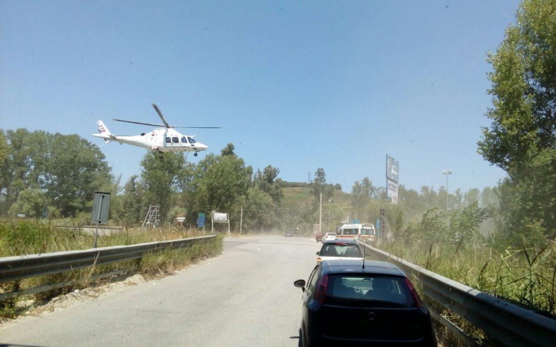 L'arrivo dell'elisoccorso a Savini di Sorianello