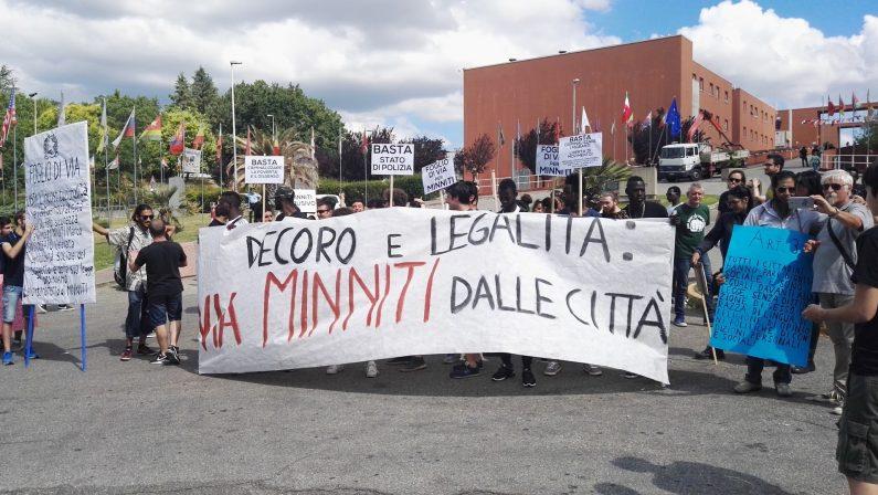 Cosenza, protesta contro i decreti Minniti-OrlandoTensioni all'Unical tra manifestanti e polizia, un ferito