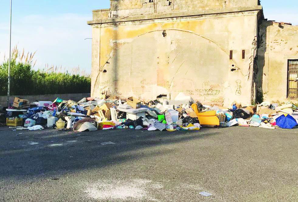 Vibo, bomba ecologica nella frazione Marina  La secca denuncia del Partito democratico