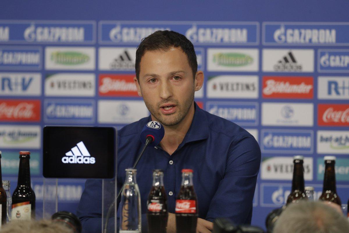 Calcio, un calabrese alla guida dello Schalke 04  L'allenatore stupisce tutti e approda in Bundesliga