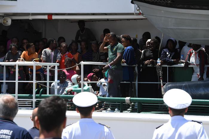 Sbarco di migranti sulle coste italiane