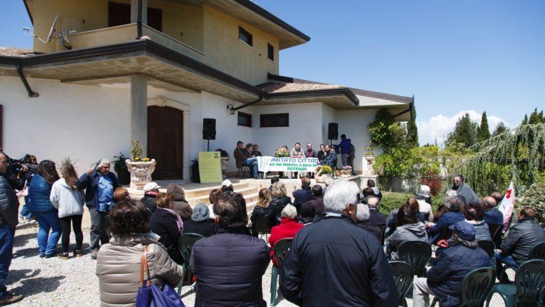 Piani del Mattino, i residenti pronti a fare causa ai proprietari degli impianti