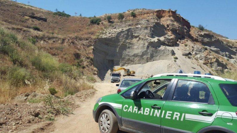 Prelevavano materiale inerte senza autorizzazione, sequestrata una cava in provincia di Cosenza
