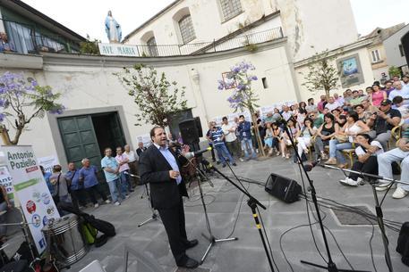 """Gugliano, appello del sindaco: """"Denunciate chi sporca"""""""