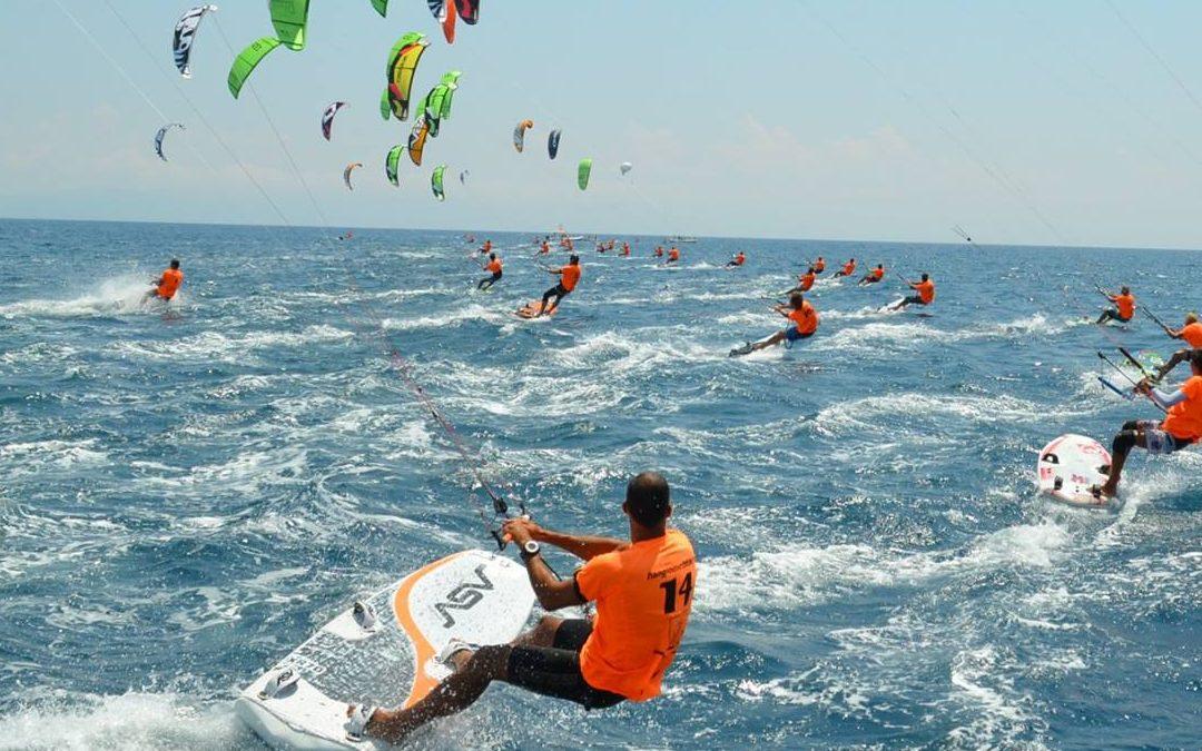 Il Mondiale di Kite Surf sbarca in Calabria: 180 atleti si sfideranno nelle acque di Gizzeria