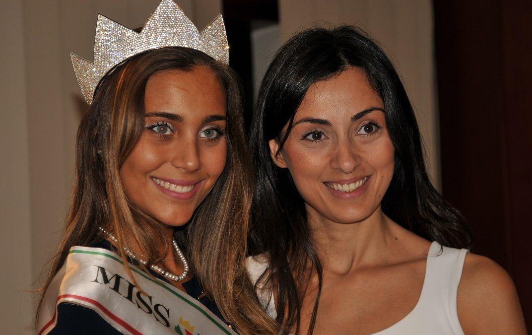 VIDEO – Miss Italia a Cosenza: Rachele Risaliti madrina della serata evento tra bellezza e cultura