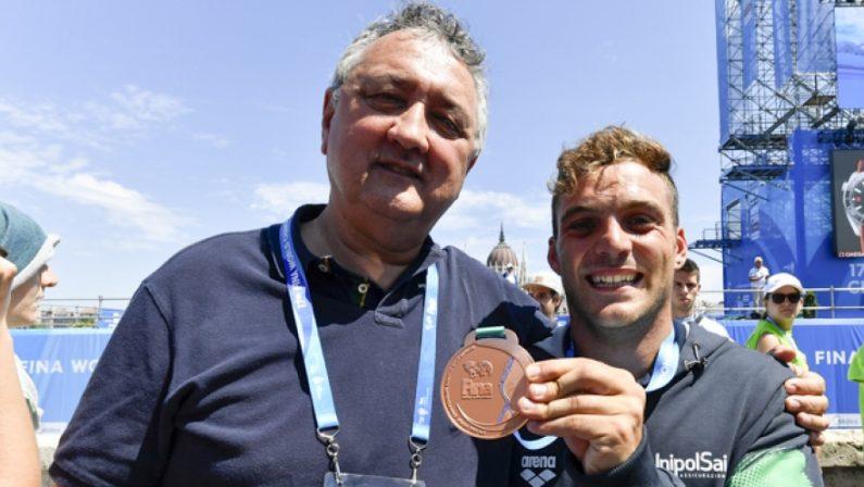 Ancora un cosentino tra i campioni dei tuffi a BudapestDe Rose medaglia di bronzo nelle grandi altezze