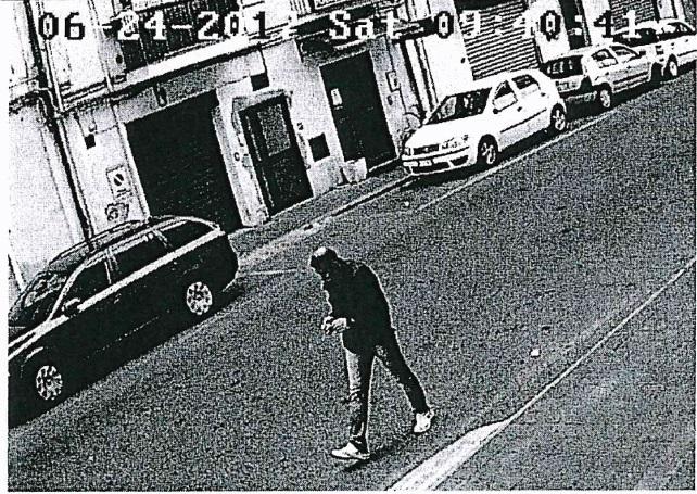 FOTO - Omicidio nel centro di CatanzaroIl killer ripreso dalle telecamere