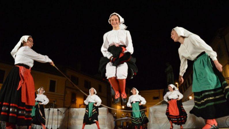"""""""Baraonda – Festival della solidarietà"""", ad Ariano si uniscono musica popolare, volontariato e beneficenza"""