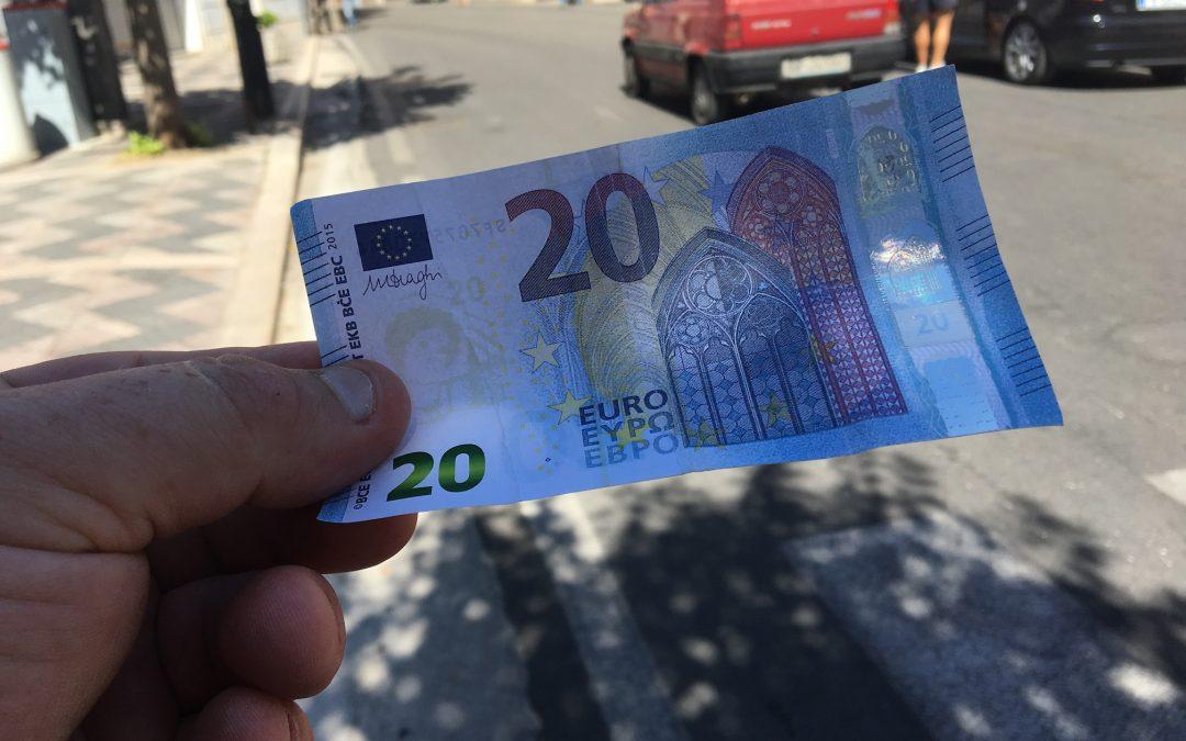 Sorpresi con 70mila euro in banconote false  Denunciati un napoletano e un calabrese