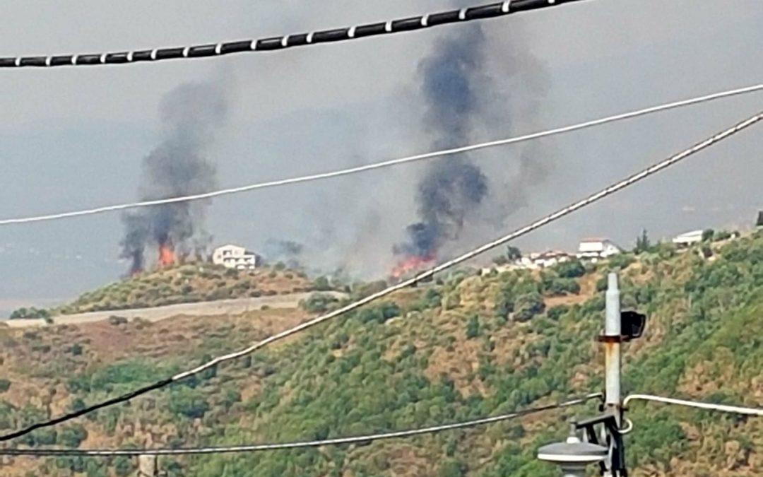 L'incendio sulle colline cosentine di Tessano