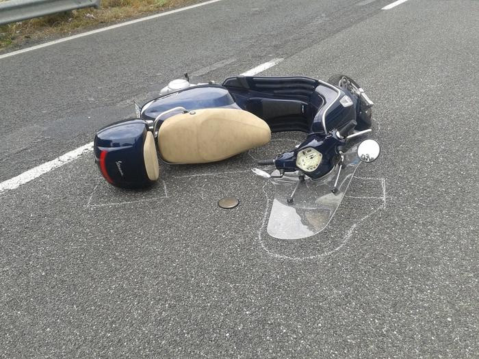 Tragedia stradale nel cosentino, un mortoPerde il controllo dello scooter e va a sbattere